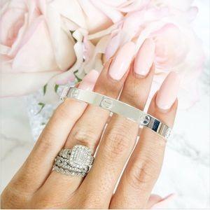 Love Style Cuff Bracelet